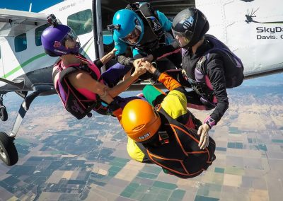 SkyDance SkyDiving
